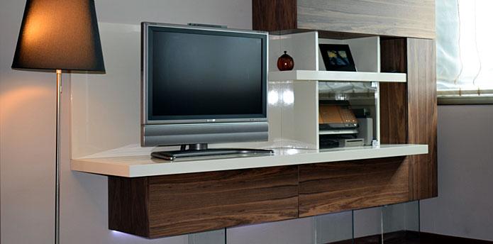La c moda muebles a medida cocinas dormitorios sal n for Muebles en la coruna